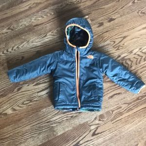 Toddler boy 3t North Face reversible winter jacket